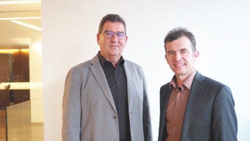 Sportgemeinderat Helmut Jenny mit Altbürgermeister Martin Summer.