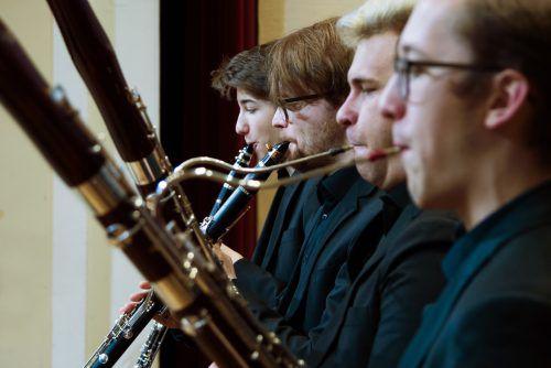 Studierende des Landeskonservatoriums im Konzert mit Berufsmusikern.victor marin/VLK