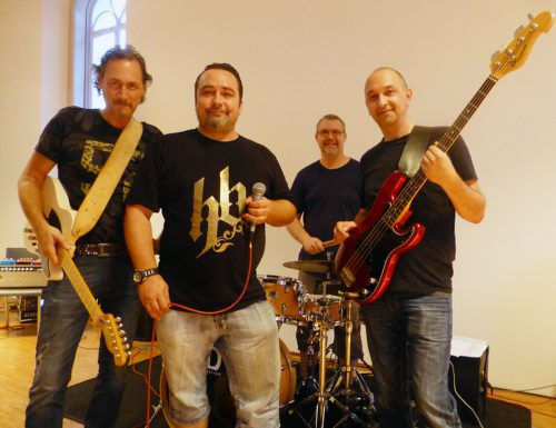 The Eight Balls liefern Blues und Rock von AC/DC bis Zappa. ARchiv/The Eight Balls