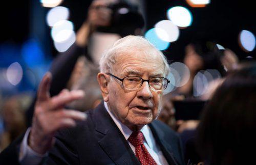 Warren Buffett nahm sich beim Aktionärstreffen von Berkshire Hathaway für die Fragerunde rund sechs Stunden Zeit.APF