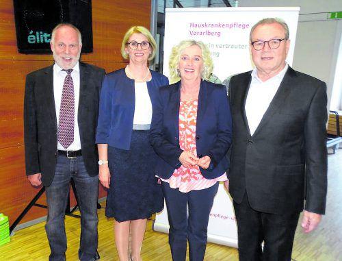 Wolfgang Rothmund, Gaby Wirth, Landesrätin Katharina Wiesflecker und Herbert Schwendinder (v.l.). TF