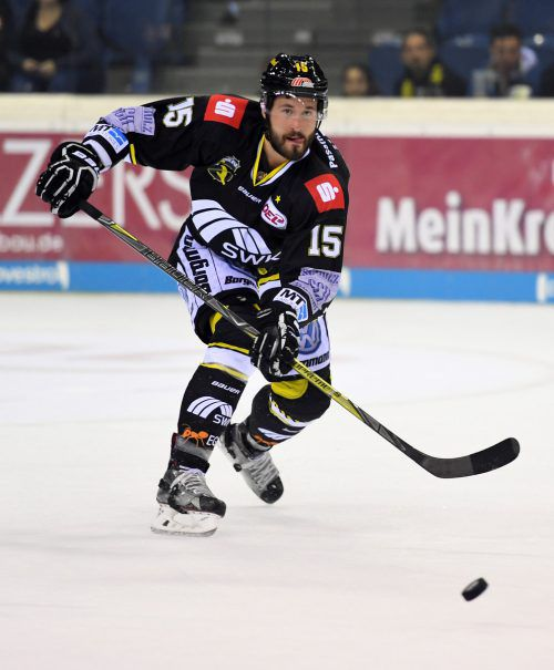 72 Spiele absolvierte Mikko Vainonen in der DEL für Krefeld, der Verteidiger verbuchte dabei neun Punkte.gepa