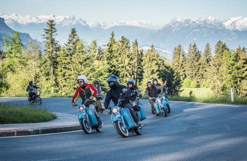 800 Teilnehmer zählte das Starterfeld des 2. Vorarlberger Moped-Ride.vmr