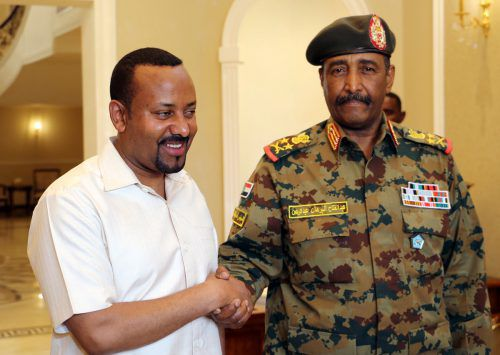 Abiy Ahmed traf auch Sudans derzeitigen Militärchef Abdel Fattah Burhan. reuters