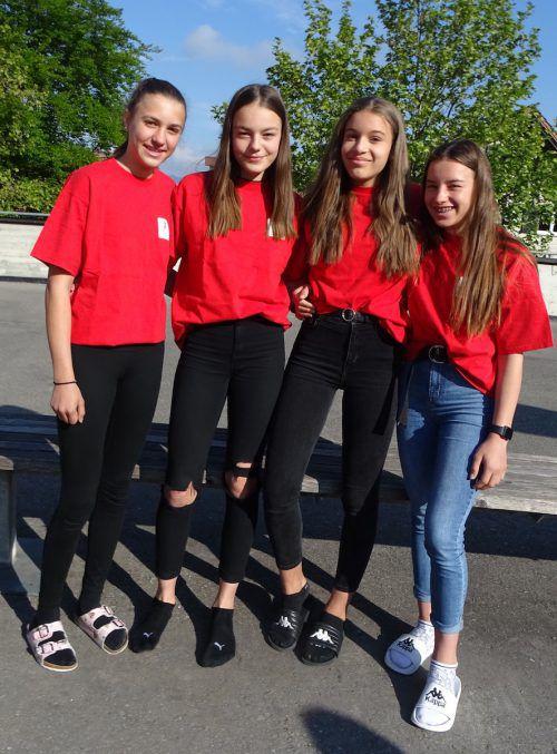 Anna Kobelt (v. l.), Nikolina Todorovic, Anna-Gloria Knauder und Anna-Lena Hämmerle (Corinne König fehlt) waren eine Klasse für sich. tf