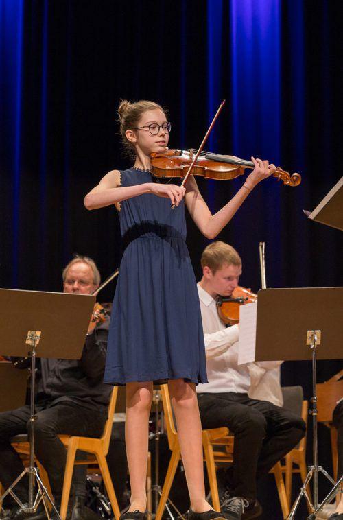 Anna Thurnes entpuppte sich als feinfühlige Violinistin.
