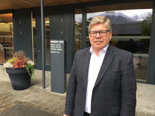 Anton Gohm wird morgen in die wohlverdiente Polit-Pension verabschiedet – ein Festakt im Magnussaal bildet den gebührenden Rahmen.VN/JS