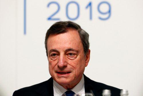 Banken sind von Zins-Entscheidung Mario Draghis und der EZB nicht begeistert.Reuters