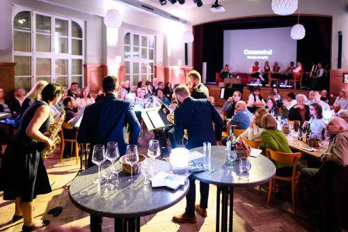 Das Ensemble Crosswinds aus Basel hat heuer den Hugo-Wettbewerb gewonnen und trat zum Auftakt der Zwischentöne-Serie im Löwensaal in Feldkirch-Tisis auf. zwischentöne/Rhomberg
