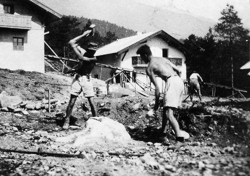 Das erste SOS Kinderdorf wurde in Imst gebaut.