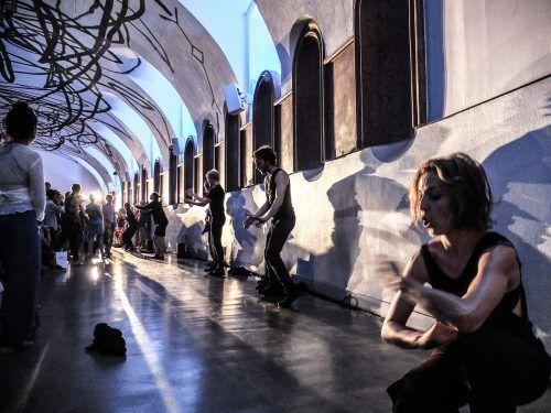 """Das Jubiläum des """"tanz ist""""-Festivals wird mit Künstlern, die das Festival wesentlich mitgeprägt haben, gefeiert.                              liquid loft/chris haring"""