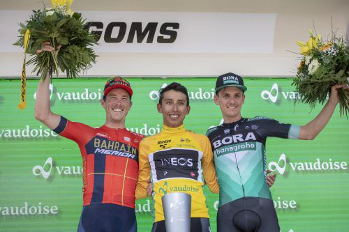 Das Siegerpodest mit dem Sieger Egan Bernal (M.), dem Zweiten Rohan Dennis (l.) und dem drittplatzierten Patrick Konrad.AP