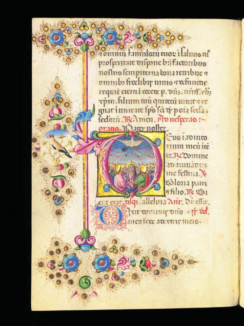 """Das Stundenbuch, ein Gebets- und Andachtsbuch der katholischen Kirche, kam im 13. Jahrhundert in England in Mode. Dieses Stundenbuch stammt aus Ferrara. Heute steht es in der Basler Universitätsbibliothek. Es wurde im dritten Viertel des 15. Jahrhunderts geschrieben. Die 127 Pergamentseiten sind besonders reich bemalt. Im Buchstaben """"D"""" des lateinischen Wortes Deus (Gott) hat der Buchmaler das Pfingstereignis dargestellt: """"Und es erschienen ihnen Zungen wie von Feuer, die sich verteilten; auf jeden von ihnen ließ sich eine nieder.""""               Basel, Universitätsbibliothek, AN VIII 45, f. 41v – Stundenbuch"""