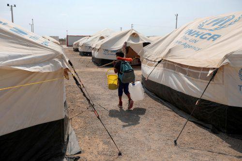Das UN-Flüchtlingshilfswerk UNHCR berichtet von Rekordanstieg der Anzahl an Menschen, die auf der Flucht sind. reuters