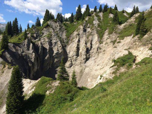 Die Gipslöcher in Lech sind ein großes Naturschutzgebiet.