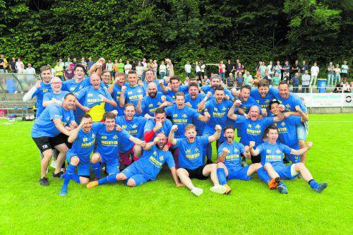 Der FC Wolfurt sicherte sich mit dem 5:0-Heimsieg die Krone in der Vorarlbergliga 2018/19. Im Fernduell mit dem punktegleichen SW Bregenz entschied das um sechs Treffer bessere Torverhältnis zugunsten der Wolfurter.