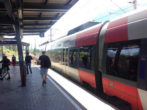 Der Nenzinger Bahnhof ist nicht barrierefrei – das soll sich ändern. EM