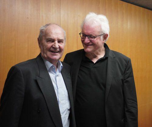 Der Vorarlberger Komponist Gerold Amann stand im Zentrum des bejubelten Konzertes unter der Leitung von Guntram Simma. JU, Thurner