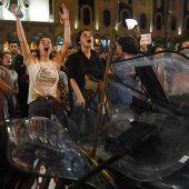 Rücktritt nach Massenprotesten