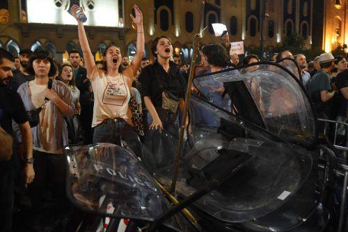 Die Ansprache eines russischen Abgeordneten löste Empörung aus.AFP