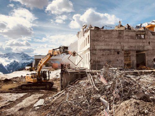 Die Arbeiten für die Generalsanierung und Neuanlage sind bereits voll im Gange.