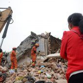 Dutzende Tote nach Erdbeben in China
