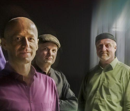 Die drei Vollblutmusiker der Klezmer Connection spielen beim ersten Konzert der diesjährigen Schattenburg-Konzerte.klezmer connection