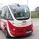 Wiener Linien stoppen nach  Unfall vorerst fahrerlose Busse