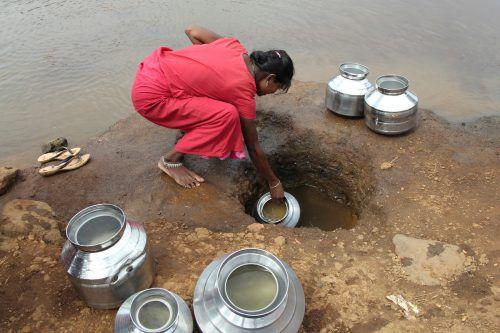 Die gesamte Weltbevölkerung mit sauberem und bezahlbarem Trinkwasser zu versorgen gehört zu den UN-Entwicklungszielen, die bis 2030 erreicht werden sollen. reuters