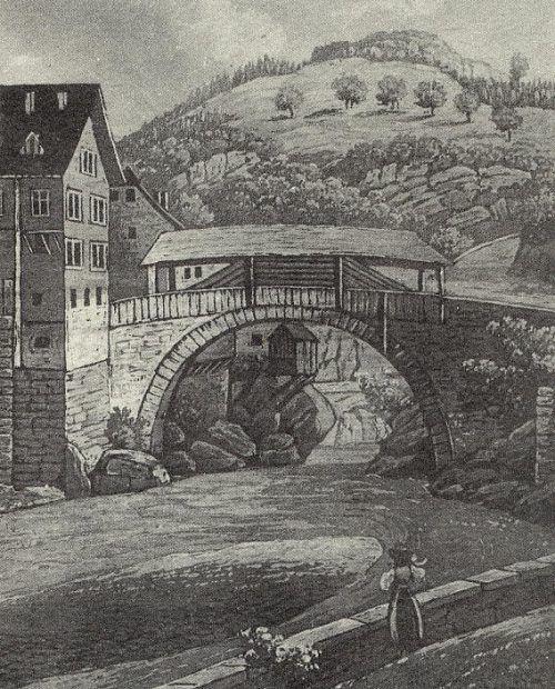 Die historische Heiligkreuzbrücke wurde 1536 errichtet.