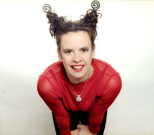 Die Kabarettistin Nessi Tausendschön ist beim Foen-X-Festival mit einem Best-of ihres Schaffens zu sehen. dilip saha