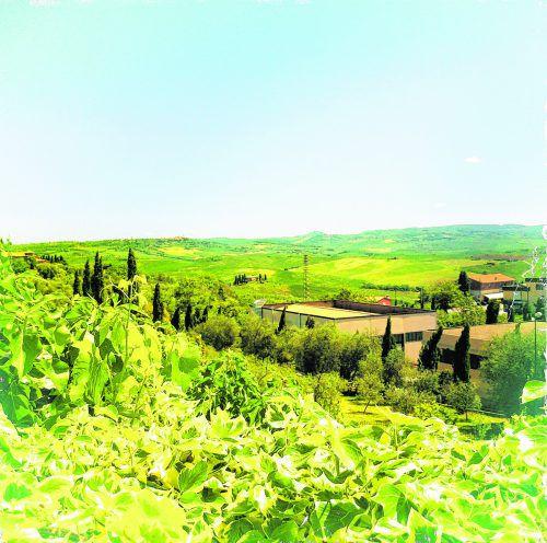 Die Toskana ist für ihre wunderschöne, hügelige Landschaft bekannt.