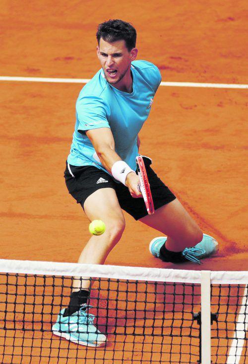 Dominc Thiem muss heute in Paris zum zweiten Teil des Halbfinales antreten, Regen und Wind waren Spielverderber gegen Novak Djokovic.