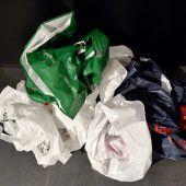 Plastiktaschen können einpacken