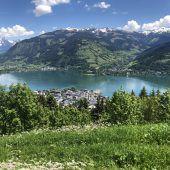Berge, See und Gletscher