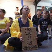 Theaterstück von Daniela Egger wurde mit Jugendlichen uraufgeführt. D7