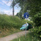 Auto auf Abwegen