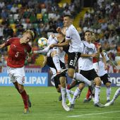 1:1 gegen Deutschland, Österreich bei der U-21-Fußball-EM ausgeschieden. C1