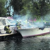 Boot in Flammen