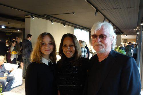 Filmemacher Reinhold Bilgeri mit Beatrix und Tochter Laura.