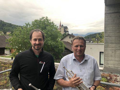 Florian Kiechle (l.) und Gerald Entner organisieren das 3. Rankler Entenrennen mit. VN