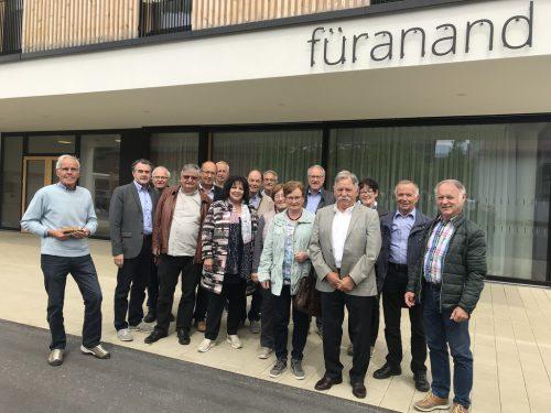 """Im Rahmen der Bezirkssitzung wurde das Sozialzentrum """"Haus füranand"""" in Höchst besichtigt. seniorenbund"""