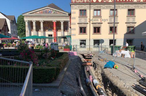 Im Stadtzentrum werden derzeit Leitungen für Nahwärme verlegt.STD