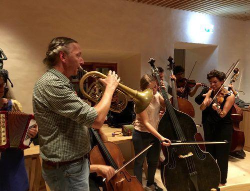 In der Propstei St. Gerold wird musiziert. walserherbst