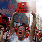 Massenprotest mit Gewalt in Hongkong