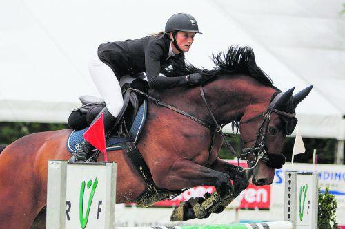 Katharina Rhomberg bringt in Dornbirn gleich fünf Pferde an den Start.sams