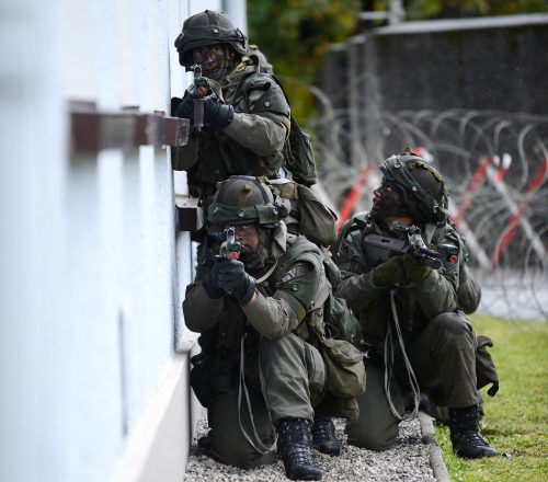 Laut Verteidigungsressort droht Stillstand imHeer; mit Folgen für den Katastrophenschutz, die Abwehr von Cyber-Bedrohungen und Auslandseinsätze.APA
