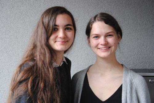 """Lea Christa und Hannah Eberle (Initiatorinnen von """"Weltklänge). veranstalter"""