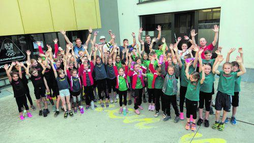 Mädchen und Burschen aus den Sparten Ski, Judo, Karate, Turnen und Leichtathletik beim Olympic Day in Dornbirn.Olympiazentrum