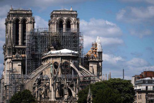 Notre-Dame ist bei einem verheerenden Brand im April schwer beschädigt worden.